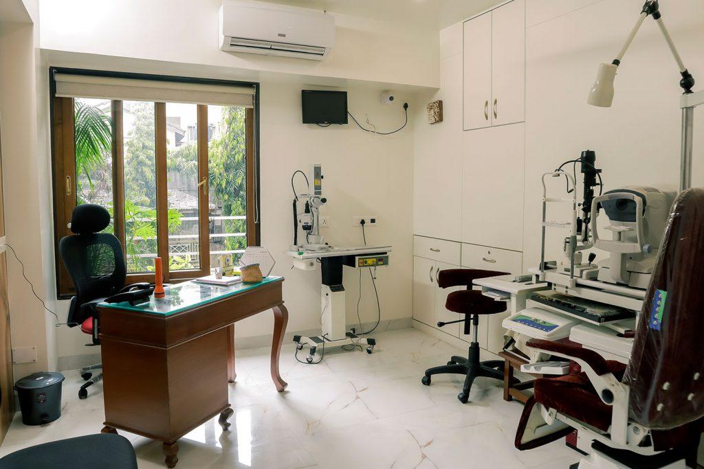 Pandit clinic Eye Checkup setup click -1